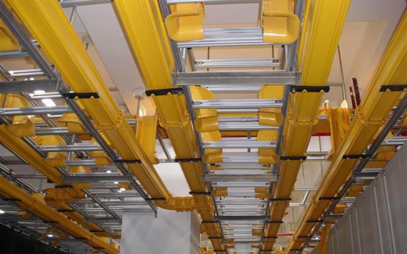 光纤betway网页桥架施工