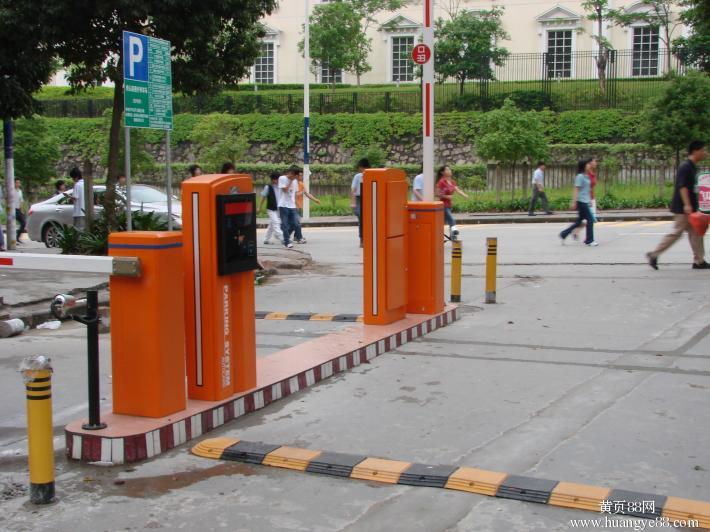 塘厦华赛电子城批发市场停车场系统工程